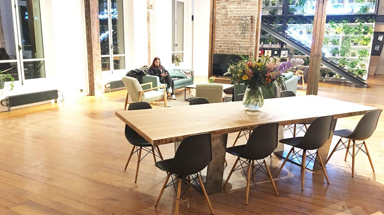 Le résultat de la table bois massif pour l'événement Miel par Fairsquare